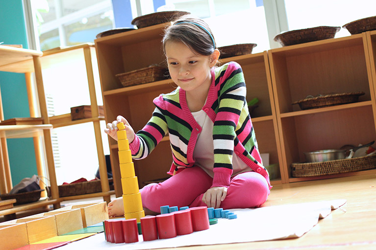 what-are-the-benefits-of-putting-my-child-in-a-montessori-school-01